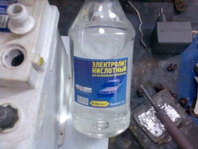Электролит для аккумулятора замена своими руками
